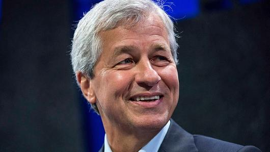 First disappointing May auto sales, now Jamie Dimon sounds the alarm on auto loans