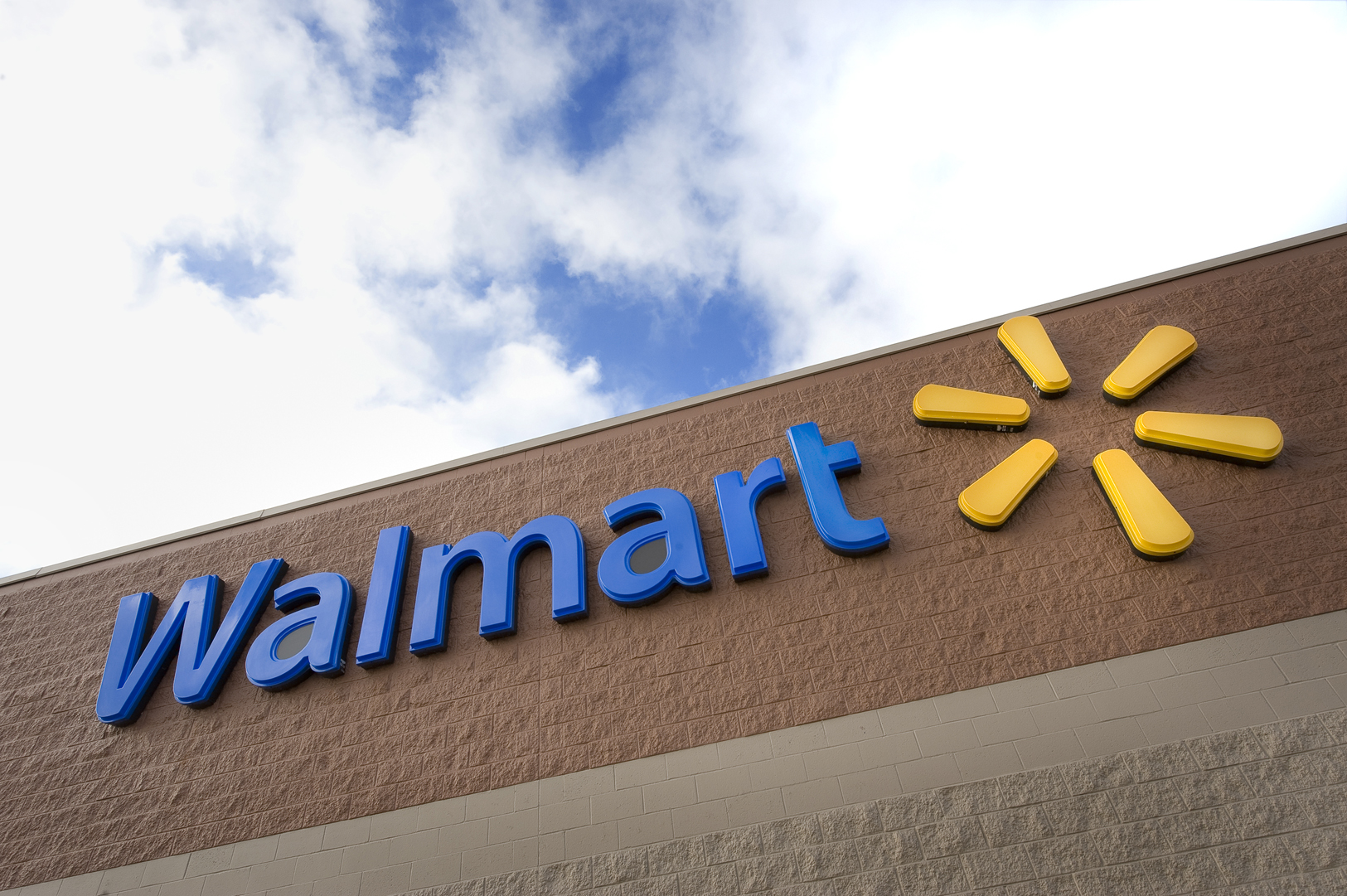 Walmart Store Revamp Checks Several Thematic Boxes